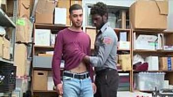 โป๊เกย์ใหม่ แอบเอาเกย์ แอบเย็ดกัน แอบเย็ด เย็ดเกย์ผิวสี เย็ดประตูหลัง เย็ดตูดเกย์