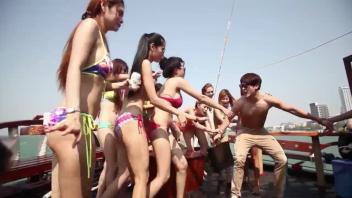 แหย่รูหี เย็ดสาวไทย เย็ดรูหี เย็ดบนเรือ เย็ดนำ้แตก หีไทย หีนางแบบไทย